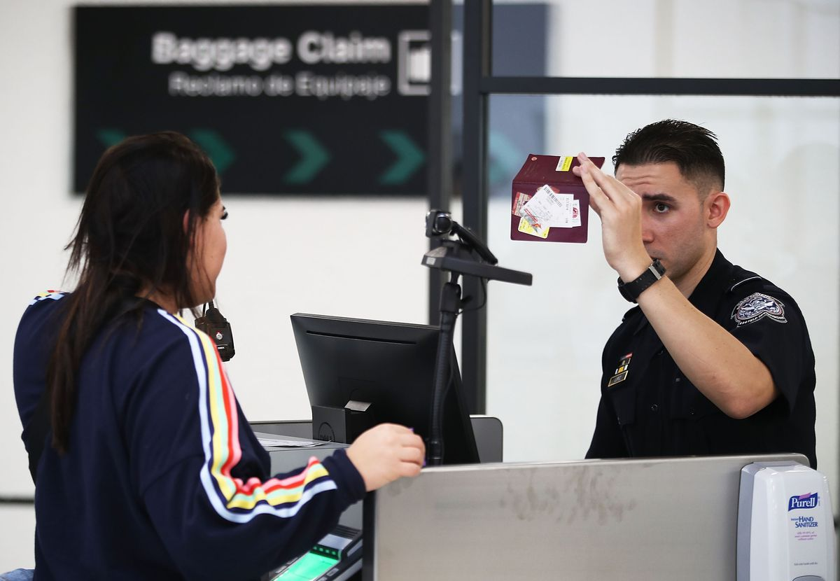 Miami Int 'l Airport To Use Facial Recognition Technology At Passport Control